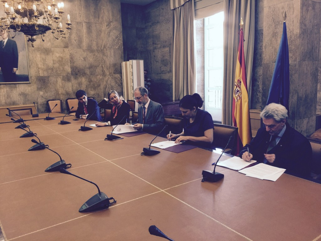 Firma del Acuerdo Voluntario_AFBEL_Ministerio de Medio Ambiente