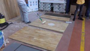 suelos de madera barnices al agua
