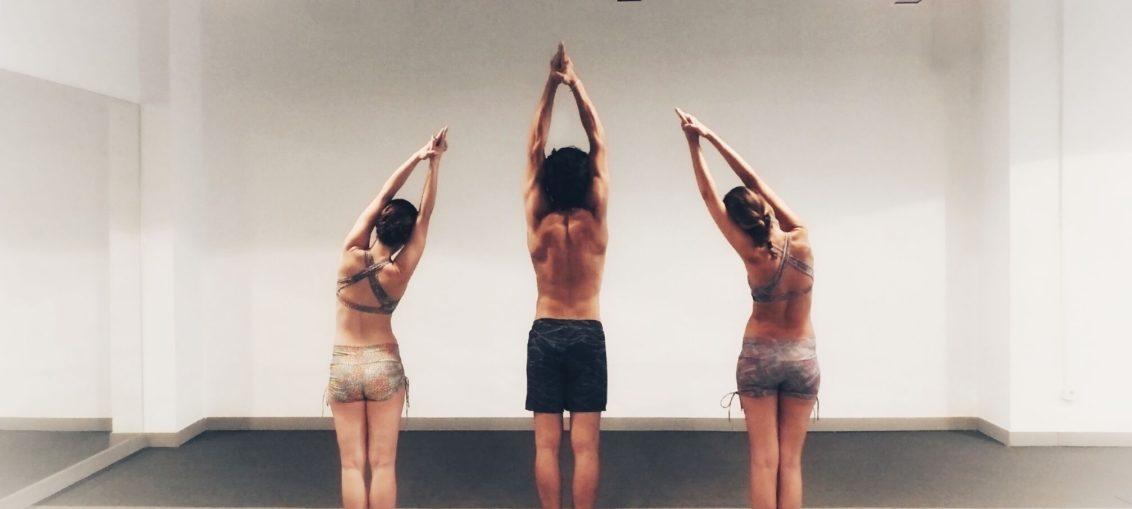 """Llegan los """"yogadictos"""" del Bikram Yoga"""