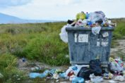 Farmacias Trébol - Reducción plástico