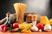consejos del grupo Farmacias Trébol sobre medicamentos y alimentos